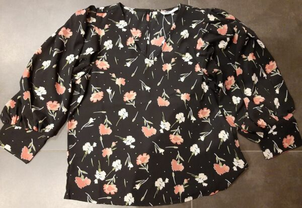 Retro-Only-top-blouse-black-small-flower-voor