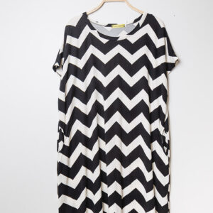 Retro-world-fashion-jurk-zig-zag-zwart-kapstok1