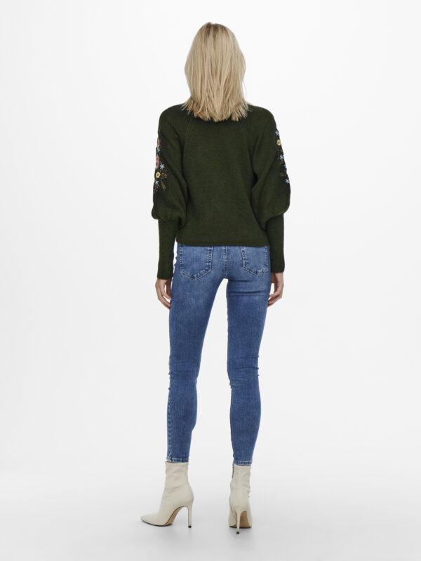 Retro-Only-donker-pullover-fantasie-model-voorkant-volledig