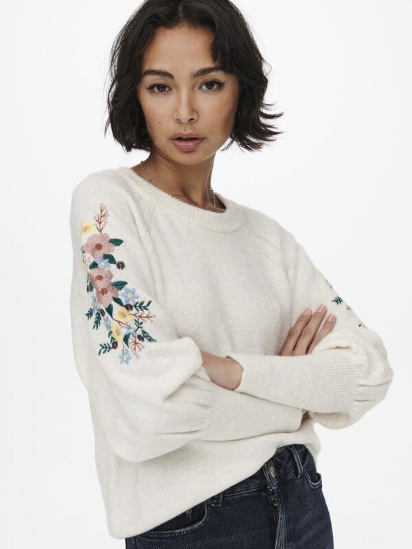 Retro-Only-pullover-ecru-zijkant-detail-fantasie